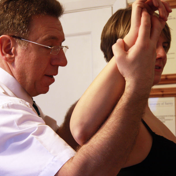 Osteopathic shoulder treatment